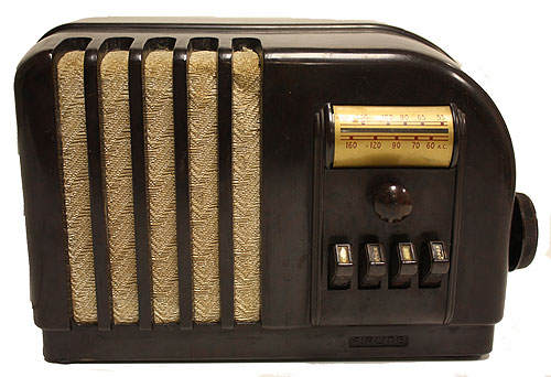 Airline Art Deco Radio