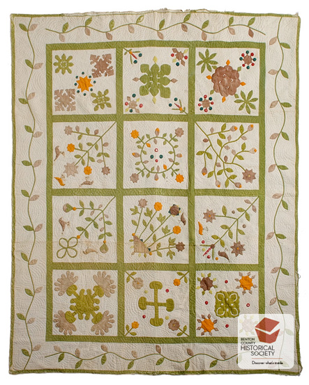 1820s American applique bridal quilt